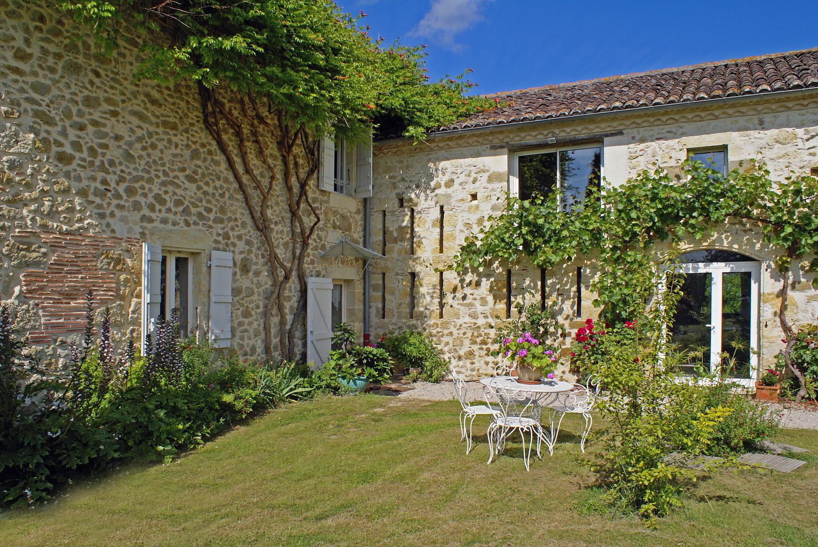 belle maison en pierre  # 02